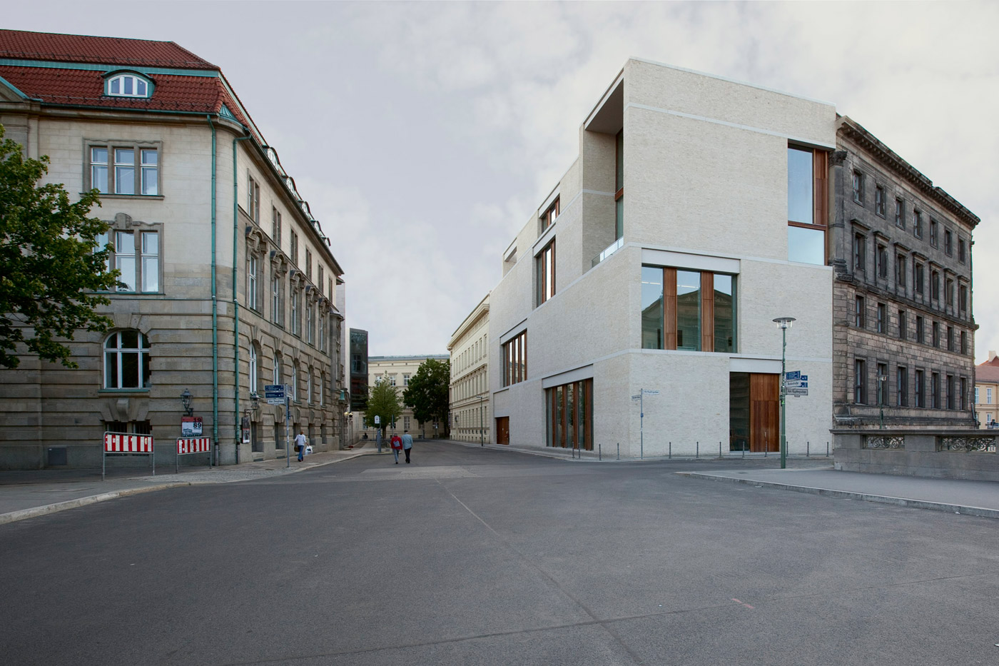 David chipperfield architects gallery building am for Chipperfield arquitecto